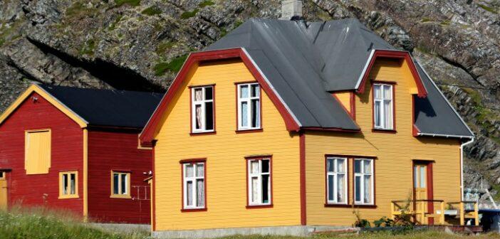 Immobilien in Norwegen: ein kleines Haus am Meer kaufen?