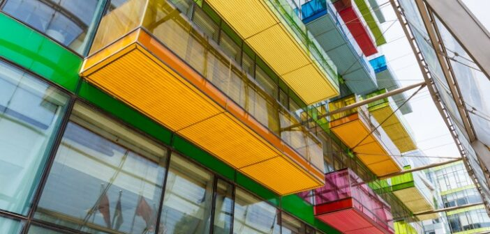 Stahlbalkon und Architektur: 6 markante Beispiele urbaner Texturen