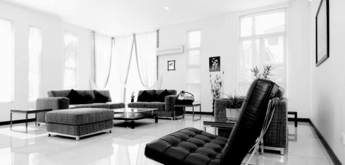 Das Hochglanz-Wohnzimmer liegt voll im Trend. Aber was fasziniert die Menschen an weissen Hochglanz Möbeln?