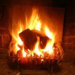 Kaminfeuer: heimelige Wärme mit Stil