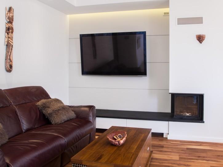 2. Einrichtungstipp: Flachbildfernseher in großem Stil rahmen lassen