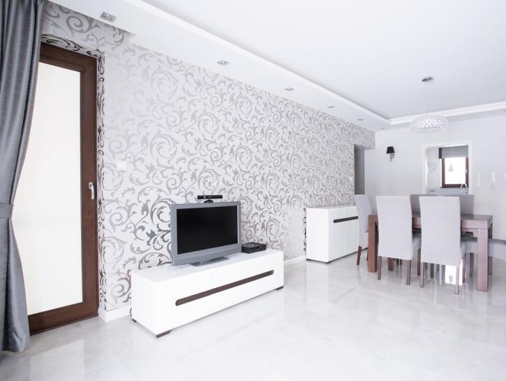 Wohnzimmer bilder mit rahmen  Flachbildfernseher: Rahmen lassen oder einfach an die Wand hängen?