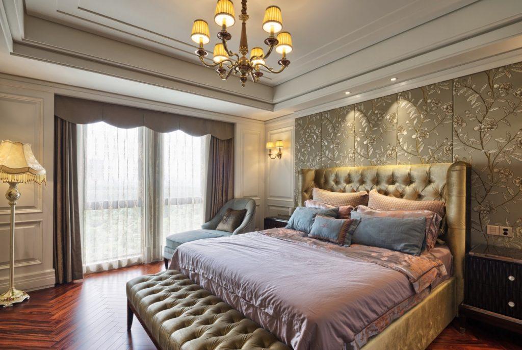 9. Idee für Tapeten: Textiltapeten Luxus-Schlafzimmer in Bronze