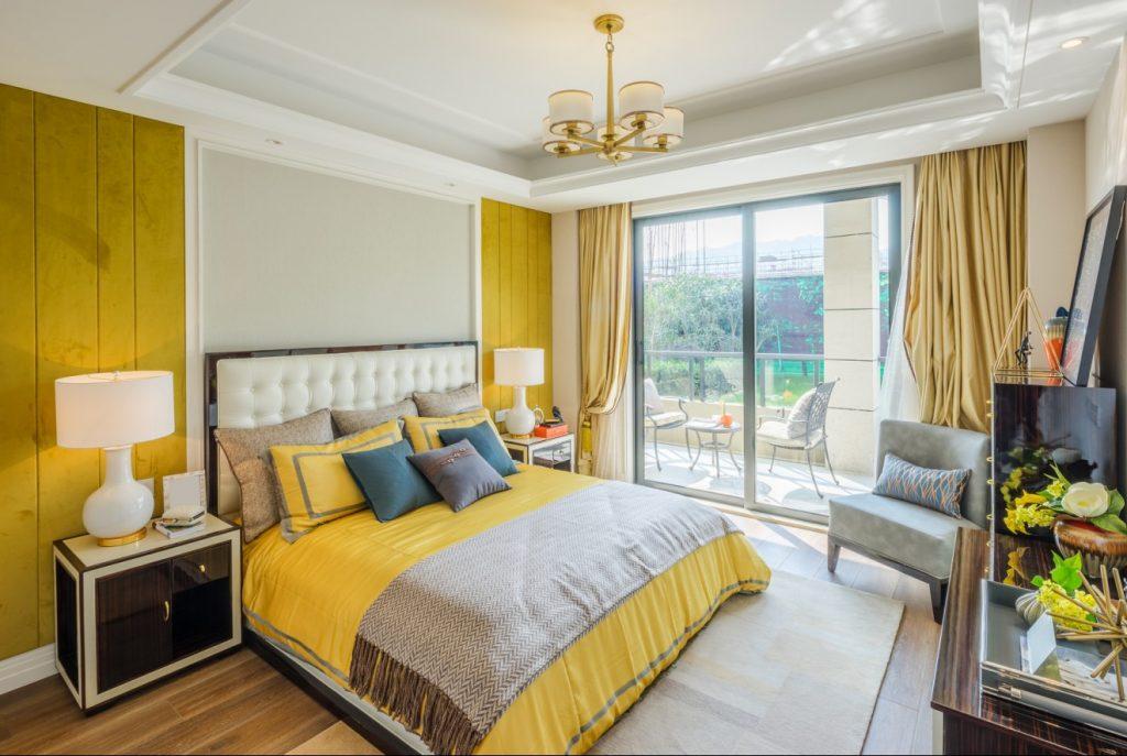 10. Mal Wandgestaltung: Gelb und Grau und dennoch ruhig im Schlafzimmer?