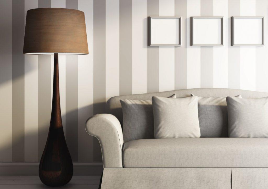 2. Dezente Wand in Pastelltönen im Streifendesign