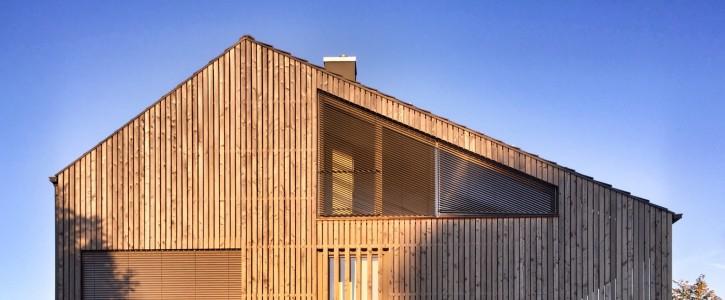 Passivhaus bauen: Passivhaus Holzhaus vs. Passivhaus Massivbau