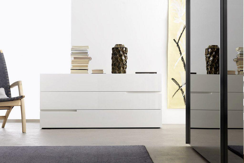 Livitalia Kommode Tacca: Zeitlose Eleganz für Ihr Schlafzimmer (Bild1)