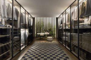 Novamobili Ankleidezimmer: Der Retro Charme des 50er-Jahre Einrichtungsstils verbindet sich beim Novamobili Ankleidezimmer mit der Eleganz italienischer Designermöbel auf eine ganz besondere Art. (Bild3)