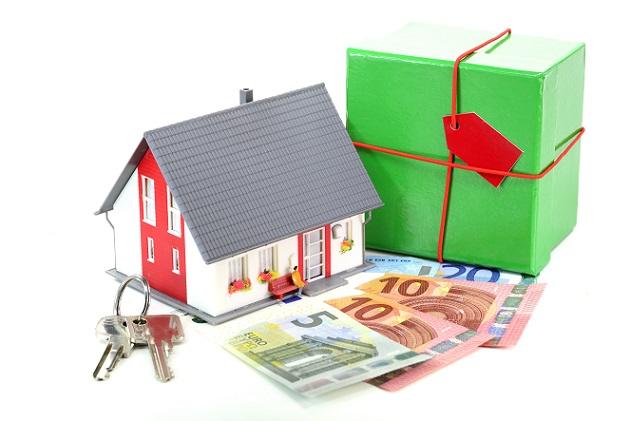 Wenn man seinen Traum vom Eigenheim wahrmachen möchte, sollte man immer auch in Erfahrung bringen ob und welche Fördermittel es gibt.
