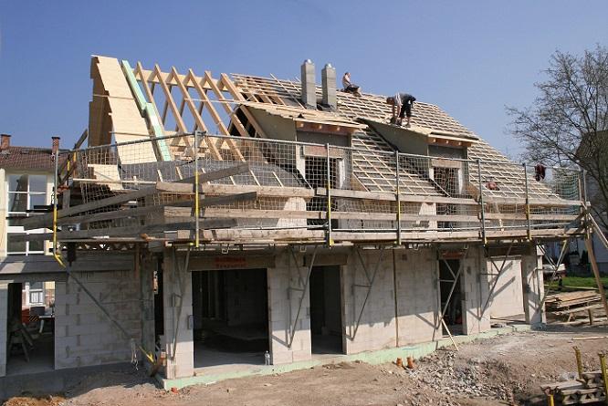 Nicht nur die Bauphase an sich kostet Geld, sondern später natürlich auch der Unterhalt des Hauses. Das sollte bereits bei der Planung bedacht werden. (#02)