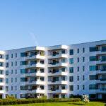 Eigentumswohnung vs. Einfamilienhaus: Vorteile & Nachteile