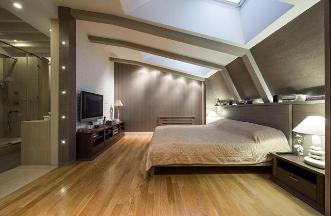 Bei den Wohnideen gibt es als Hilfestellung Farbpaletten von den jeweiligen Tapeten und oft auch von den Bezugsstoffen für Sessel und Sofa. (#05)