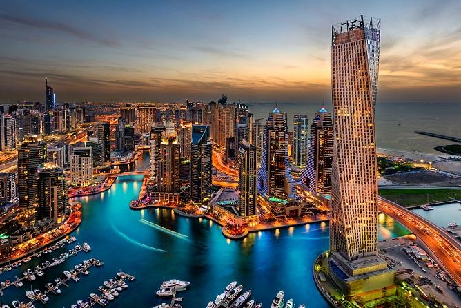 Ein Büro im höchsten Gebäude der Welt zu haben, mag toll sein. Ebenso, wie eine Wohnung hier sein eigen nennen zu können. Doch angesichts der Preise verwundert es nicht, dass die eigene Immobilie im Burj Khalifa nur den Superreichen vorbehalten bleiben wird. (#03)