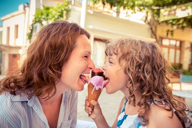 Geschickter bringt man die Kinder zum Zimmer aufräumen und Beseitigen des Chaos, wenn Belohnungen ausgelobt werden. (#05)