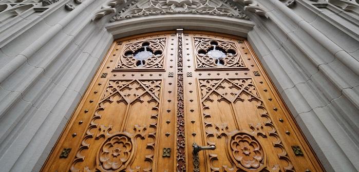 Das repräsentative Portal des stadtseitigen Haupteingangs der Kirche war im Mittelalter wohl nur für hochrangige Besucher geöffnet, besonders in der Weihnachtszeit. (#01)