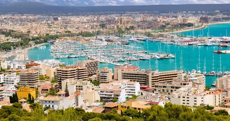 Bei den Käufern von mallorquinischen Immobilien stehen neben dem Südwesten auch andere Regionen zur Auswahl. Unter anderem ist das Interesse an der nordöstlichen Seite der Insel gestiegen. Auch Palma und die nähere Umgebung der Stadt sind sehr gefragt und haben ebenso wie der Süden deutlich hinzugewonnen. (#03)