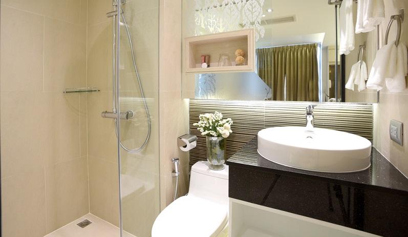 kleines bad ganz gro 7 tipps f r kleine wellnessoasen. Black Bedroom Furniture Sets. Home Design Ideas