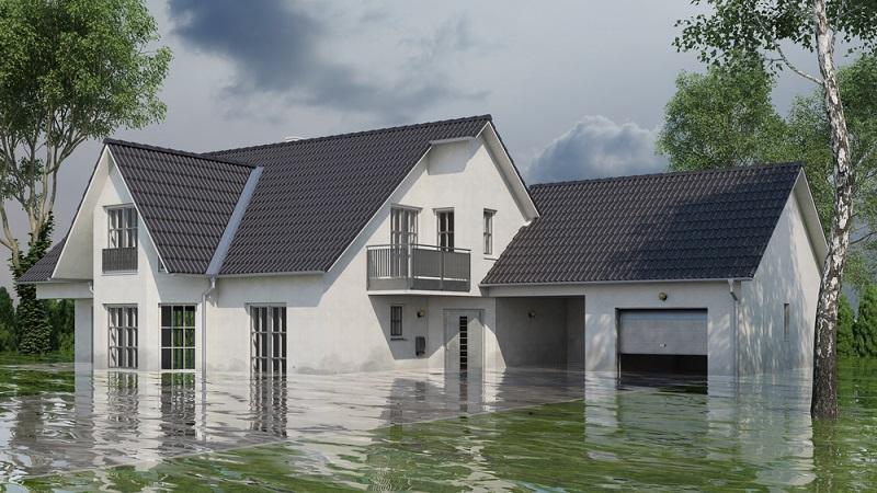 Überschwemmungen werden auch durch die Hausratversicherung nicht getragen – versichert ist hier nur der Hausrat gegen Feuerschäden, Sturm- und Hagelschäden. (#01)