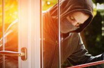 Verschiedene Sicherheitsmaßnahmen schützen vor Einbrechern