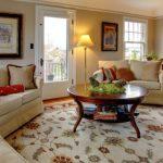 Schöne Teppiche mit verschiedenen Oberflächen