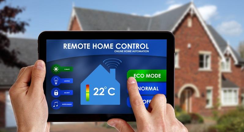 Neben Energieeffizienz und flexiblen Wohnkonzepten werden besonders digitale Technologien die Häuser der Zukunft verändern. (#03)
