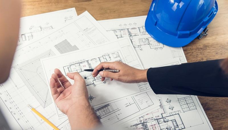 Das Bauen mit einem Architekten scheint aus der Mode gekommen zu sein, doch auch die Planung von Fertighäusern sollte in die Hände von Profis gelegt werden.(#01)