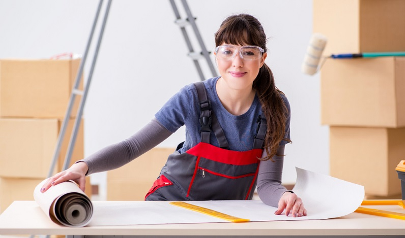 In vielen Wohnungen ist auch die Decke streichbar. Wenn Sie ein Zimmer neu einrichten, können Sie daher auch diesen Bereich neu gestalten. (#04)