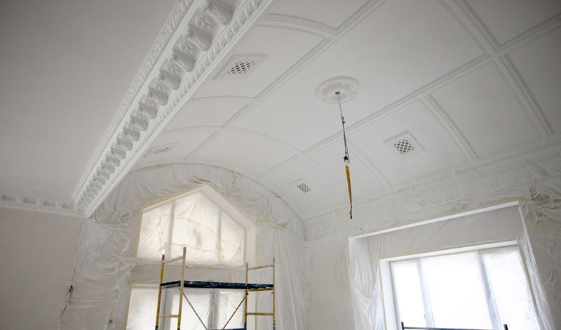 Eine Schimmelentfernung und Renovierung der betroffenen Räume kann ein aufwendiges Projekt sein. (#2)