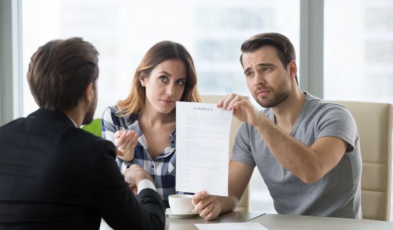 Grundsätzlich sollte der Mieter im ersten Schritt immer den Vermieter informieren und ihm Zeit für die Mängelbeseitigung geben. (#4)
