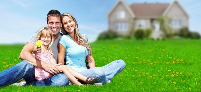 Bereits bei der Auswahl des Grundstücks gilt es, auf eine Vielzahl von Faktoren zu achten
