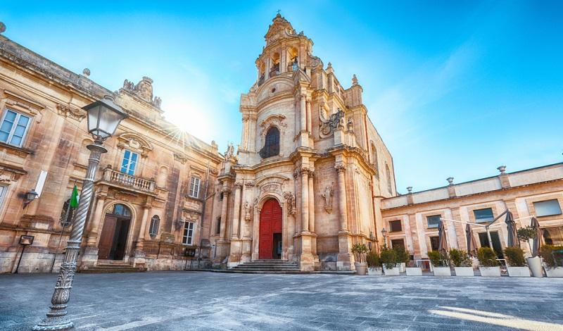 Vor allem die Kirchen der Barock Architektur sind leicht zu erkennen.