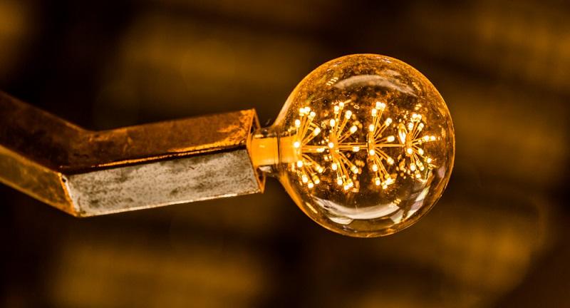 Wenn es um Lichtquellen und ihre Nutzungsdauer geht, werden gern LEDs hervorgehoben.