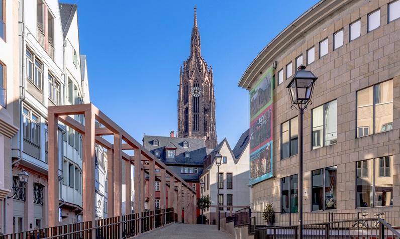 Heutige Städte sollen ästhetisch sein, wobei die Ästhetik der Moderne eine ganz andere als die früherer Zeiten ist.