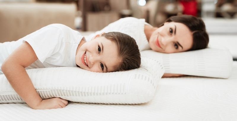 Es sollte bei einer Beratung zu passenden Matratzen aber nie um die Härtegrade allein gehen, denn wichtig ist auch die Körpergröße.