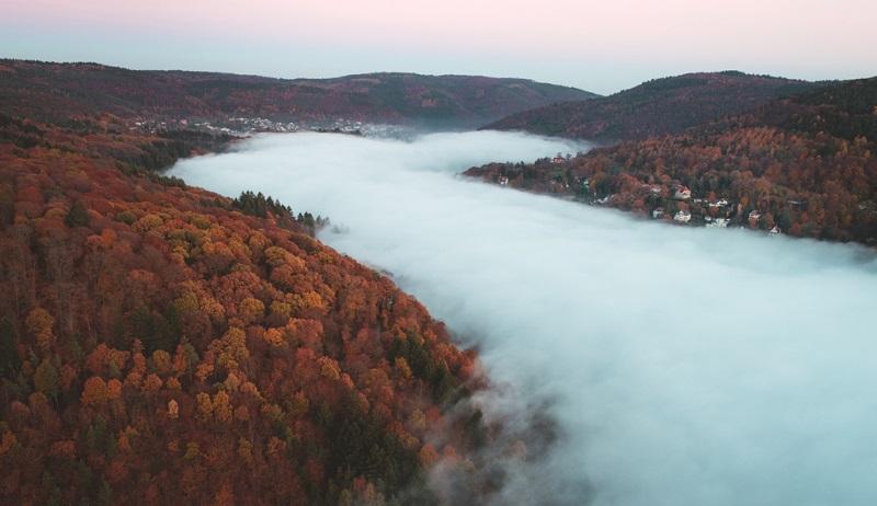 Luftbilder, welche die wunderschöne Landschaft rund um die Stadt Heidelberg zeigen, sind ebenfalls sehr eindrucksvoll.
