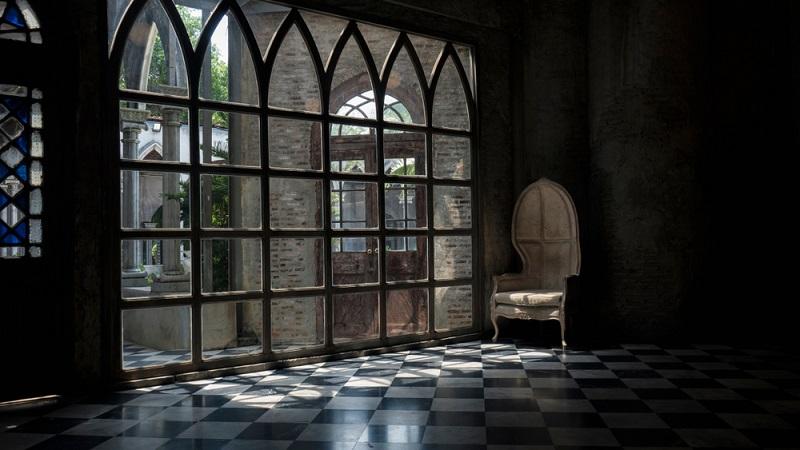 Die Gotik begann bereits in der Zeit der Romanik und wurde erstmals im Jahr 1140 dokumentiert.(Fotolizenz-Shutterstock: TRIPLE_S_)