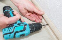 Sockelleisten mit Nagelpistole befestigen: Jetzt umfangreich informieren. (Foto-Shutterstock: Only_NewPhoto)