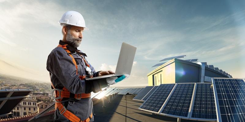 Das Mieten von Solaranlagen ist generell einfach und hat Vorteile, es birgt auch nur geringe Risiken. Foto- shutterstock:_Oleksii Sidorov)