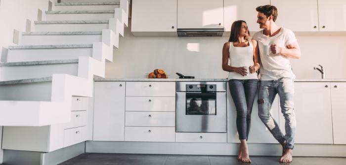 Wohnungsübergabe mit praktischen Tipps entstressen (Foto: Shutterstock - 4 PM production)