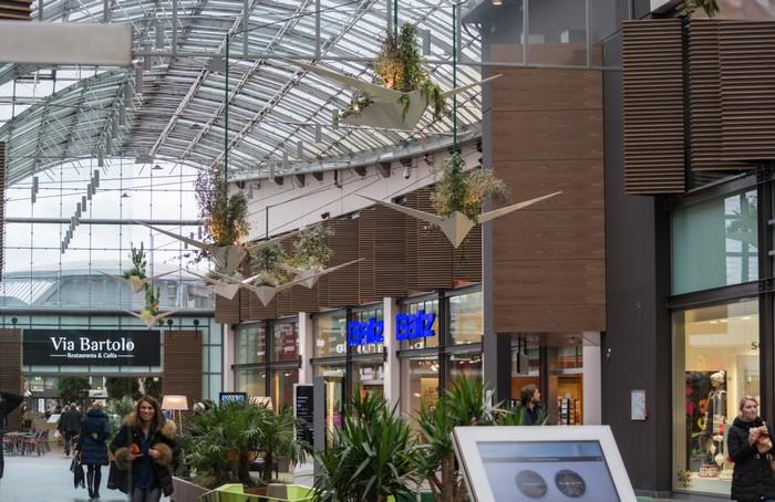 Ebenfalls zu den größten Einkaufszentren Deutschlands zählt der Ruhr-Park in Bochum. (Foto: shutterstock - John-Fs-Pic)