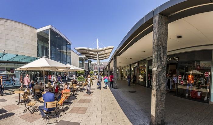 Nicht Deutschlands größtes Einkaufszentrum, aber das älteste: das Main-Taunus-Zentrum. (Foto: shutterstock - travelview)