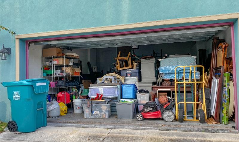 Die Garagenverordnung NRW sieht genaue Vorschriften über das Nutzen einer Garage vor. ( Foto: Shutterstock- Joni Hanebutt)