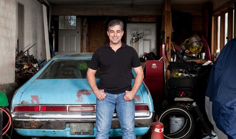 Manchmal sollte man sein Garagentor besser verschlossen halten. ( Foto: Shutterstock- Michael Courtney )