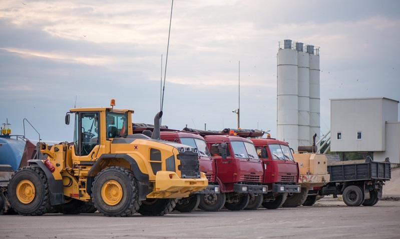Die Baubranche leidet überdies darunter, dass bereits viele Firmen Kurzarbeit angemeldet haben und dass es zu Lieferengpässen  kommt.  (Foto: Shutterstock- LaineN )