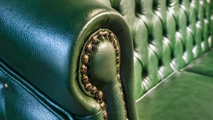 Kai Wiechmann aus Hamburg begann seine steile Karriere mit dem Handel mit englischen Stilmöbeln. Das war sehr hanseatisch und die englischen Stilmöbel passen auch sehr gut zu der Hansestadt und den Menschen, die hier leben. (Foto: shutterstock - hiv360)