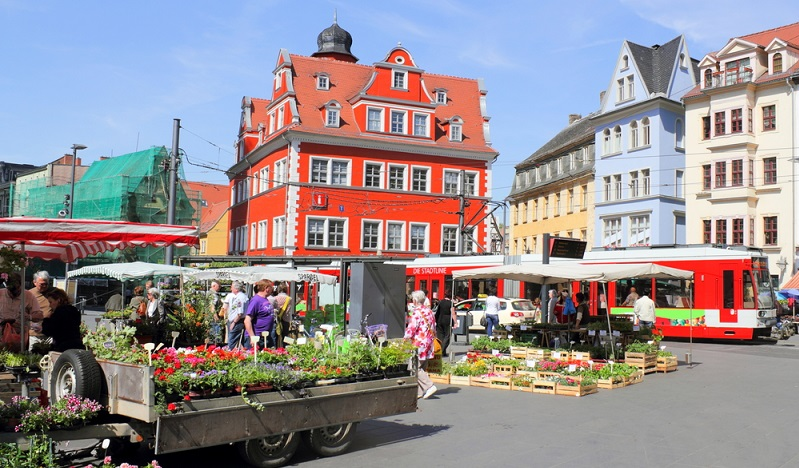 Nicht nur die grenznahen Regionen zu östlichen Nachbarländern erweisen sich als besonders mietgünstige Wohnorte. Auch einzelne Städte, quer durch Deutschland verteilt, finden sich hier. ( Foto: Shutterstock-ArTono)