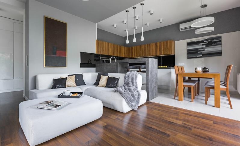 Dieses Wohnzimmer wirkt elegant und modern zugleich.   (Foto: Shutterstock-Dariusz Jarzabek)