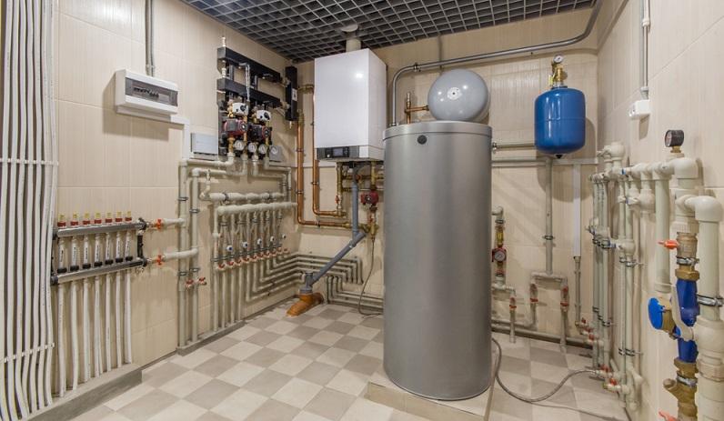 Moderne Energiesparhäuser sind daher mit der Wärmepumpe gut ausgestattet, während Altbauten, die nur eine schlechte Dämmung aufweisen, besser auf andere Heizungsarten setzen sollten.( Foto: Shutterstock-_Alhim  )