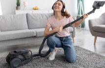 Welchen Fußboden pflegt man wie? Das passende Hilfsmittel für jeden Fußboden (Foto: Shutterstock-_ New Africa )