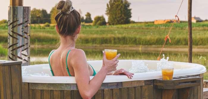 Hot Tub für den Garten: Diese Unterschiede gibt es ( Foto: Shutterstock- Rokas Tenys )